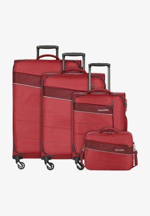 KITE - Luggage set - red