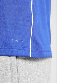 adidas Performance - AEROREADY PRIMEGREEN JERSEY SHORT SLEEVE - T-shirt z nadrukiem - blue/white - 5