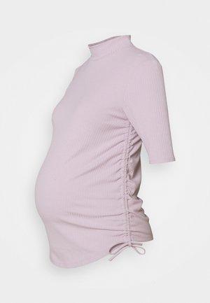 MOM SALLY - T-shirt basic - light lilac