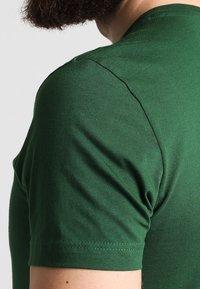 Lacoste - T-shirt basic - vert - 4