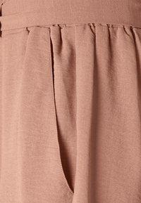 ONLY - ONLLAVENDER PAPERBAG - Shorts - burlwood - 5