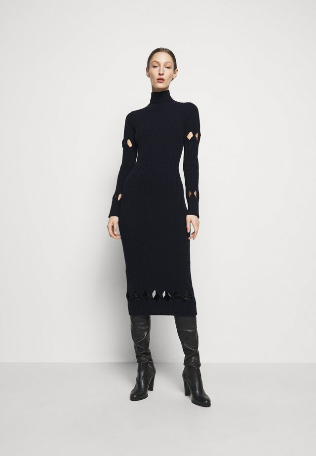 LONG SLEEVE NECK FITTED - Vestido de punto - navy