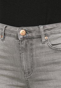 Marks & Spencer London - IVY SKINNY - Jeans Skinny Fit - grey denim - 5