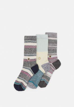 BU BU BUTTERBLEND 3 PACK - Ponožky - white/blue