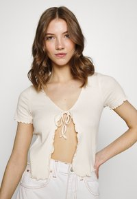 BDG Urban Outfitters - TIE FRONT - Cardigan - ecru - 3