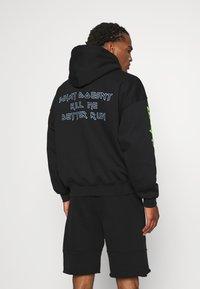 WRSTBHVR - BETTER RUN HOODIE UNISEX - Sweatshirt - black - 2