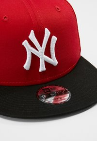 New Era - 9FIFTY MLB NEW YORK YANKEES SNAPBACK - Cap - red/black - 2