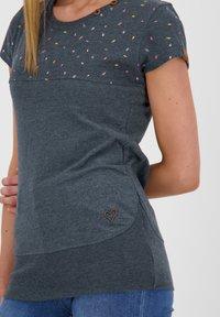 alife & kickin - CORAAK - Print T-shirt - marine - 3