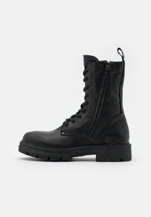 PAMELA STANDING - Platform-nilkkurit - black