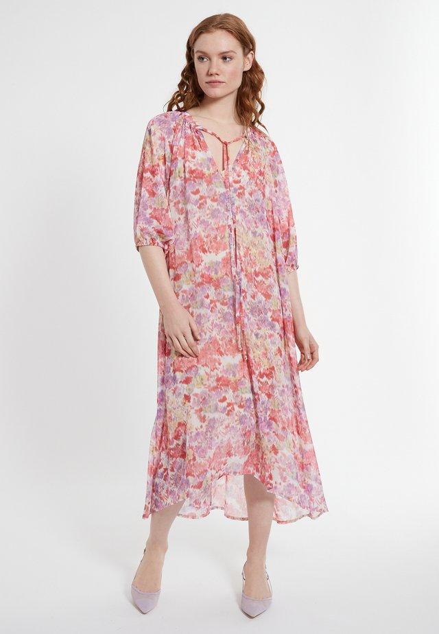 DEANA - Korte jurk - rosa