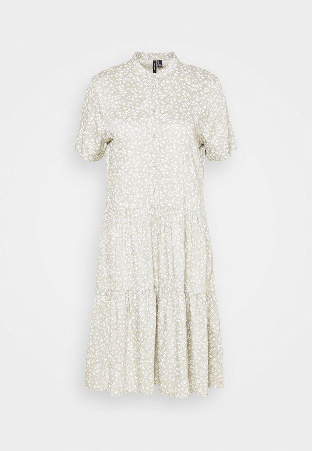 VMSIMONE SHORT DRESS - Abito a camicia - desert sage