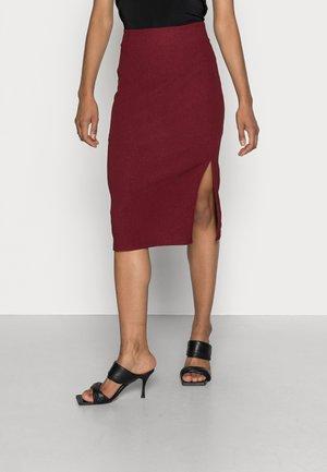 STRUCTURED FABRIC MIDI HIGH WAISTED PENCIL SKIRT - Mini skirt - bordeaux