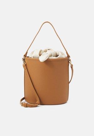 Across body bag - camel