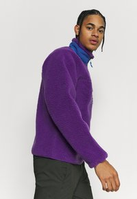 Patagonia - CLASSIC RETRO - Fleece jacket - purple - 3