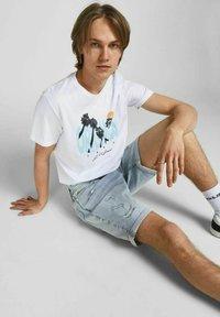 Jack & Jones - Denim shorts - blue denim - 4