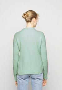 FTC Cashmere - HIGHNECK - Stickad tröja - soft pistachio - 2