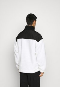 Mennace - HALF ZIP PANELLED - Summer jacket - white - 2