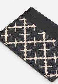By Malene Birger - ELIA CARD - Punge - black - 3
