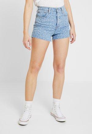RIBCAGE  - Denim shorts - leopard