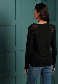 Superdry - INSERT - Long sleeved top - black - 2