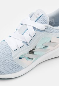 adidas Performance - EDGE LUX 4 - Zapatillas de running neutras - silver metallic/footwear white/grey five - 5