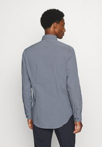 Tommy Hilfiger Tailored - MICRO PRINT CLASSIC SLIM - Formal shirt - blue - 2