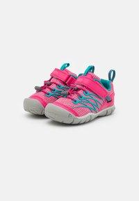 Keen - CHANDLER CNX - Hiking shoes - bright pink/lake green - 1