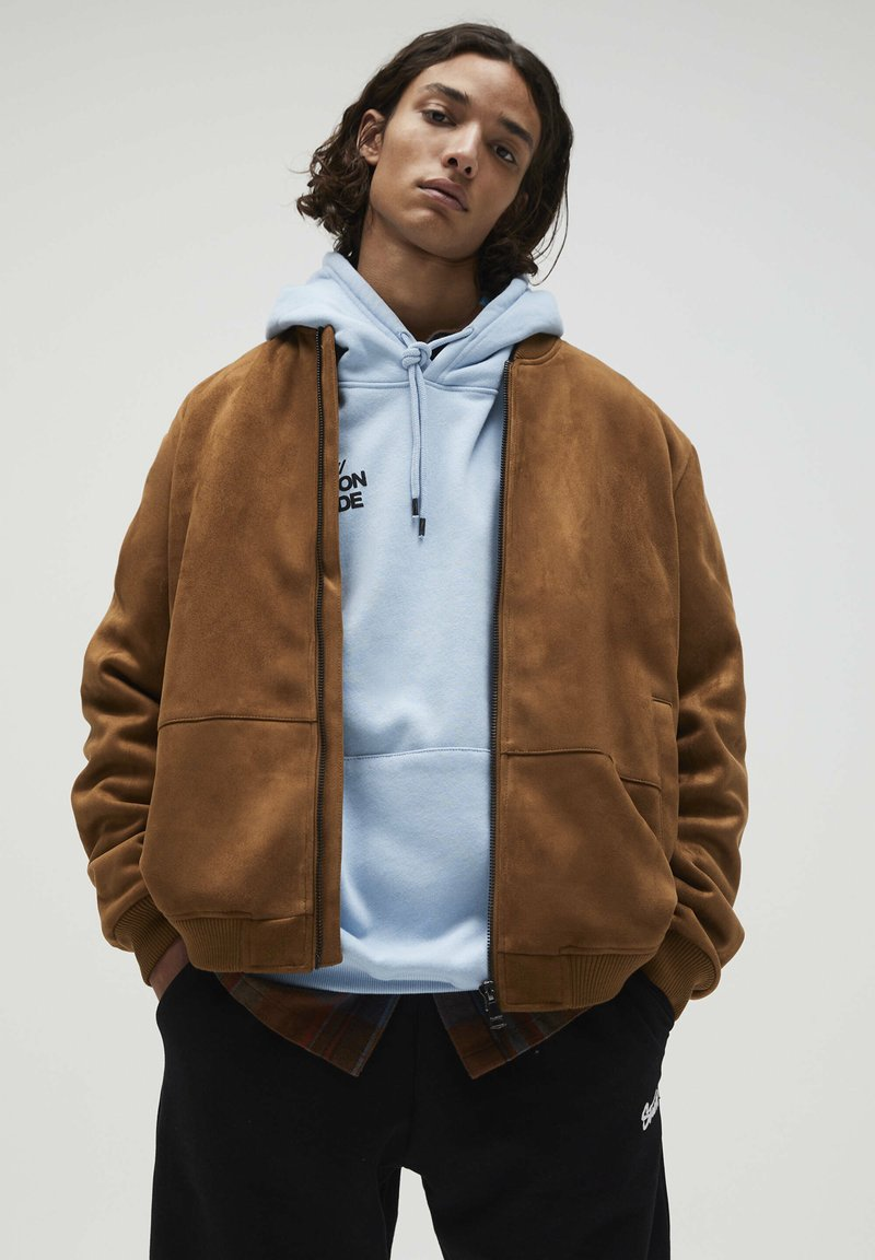 PULL&BEAR - Giacca in similpelle - brown