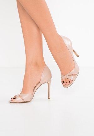 Peeptoe heels - cameo