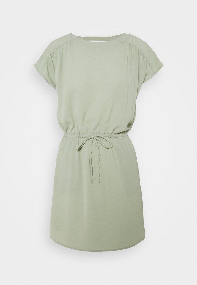 VMSASHA BALI SHORT DRESS PETITE - Korte jurk - desert sage