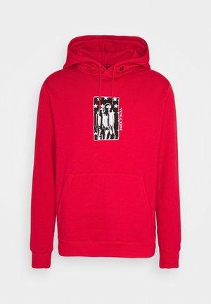 MERICK - Bluza z kapturem - fiery red