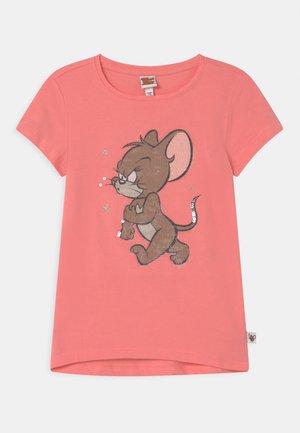 T-shirts print - geranium pink