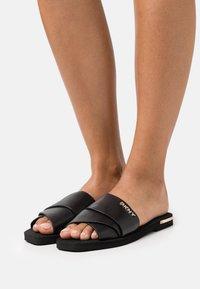 DKNY - SLIDE  - Sandaler - black - 0
