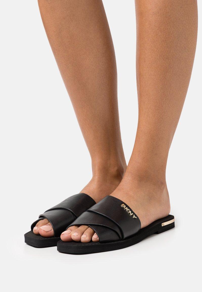 DKNY - SLIDE  - Sandaler - black