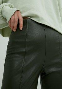 EDITED - LEGGINGS TERESA - Leggings - Trousers - grün - 3