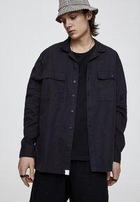 PULL&BEAR - Shirt - black - 0