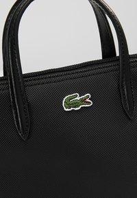 Lacoste - SHOPPING CROSS BAG - Handbag - black - 6