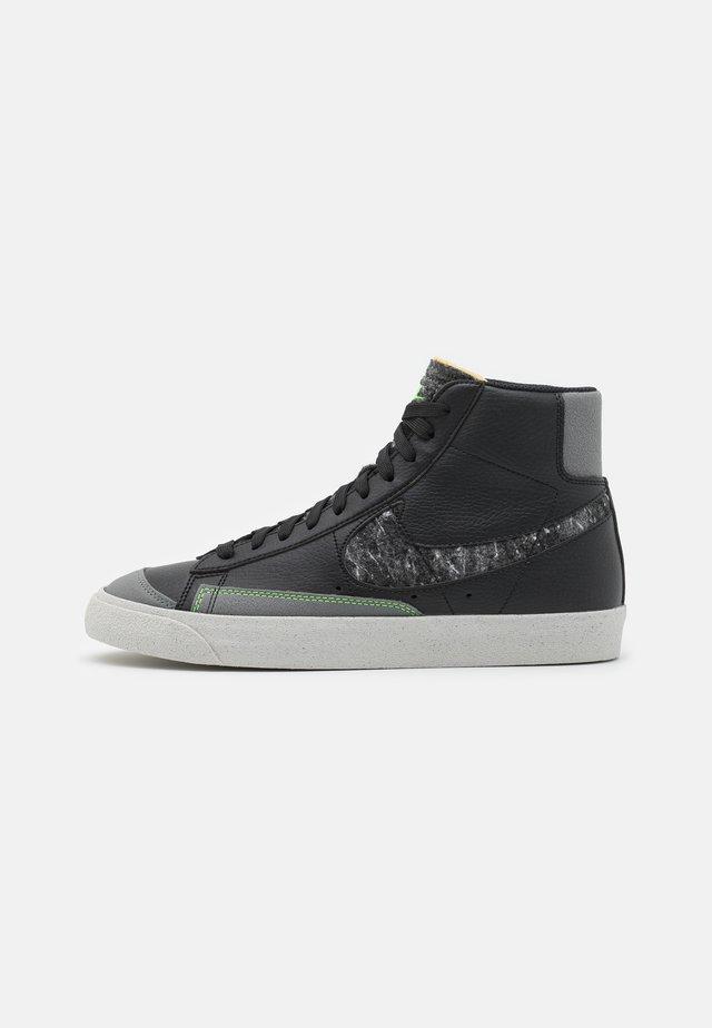 BLAZER MID '77 UNISEX - Baskets montantes - black/smoke grey/electric green