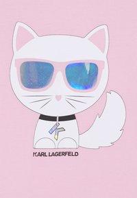 KARL LAGERFELD - SHORT SLEEVES TEE - T-shirt imprimé - pink - 2