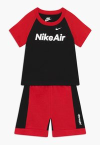 Nike Sportswear - AIR FRENCH BABY SET  - Trousers - black/university red - 0