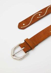PULL&BEAR - MIT SCHLANGENSCHNALLE - Belt - brown - 1