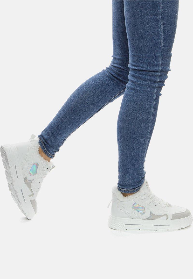 Crosby - Sneakers laag - white