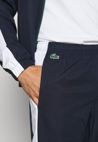 Lacoste Sport - TENNIS TRACKSUIT - Tracksuit - green/navy blue/white - 4