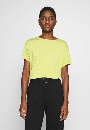 SUPRO - Camiseta básica - green leaf