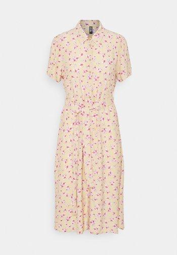 PCMILLER DRESS - Shirt dress - hemp
