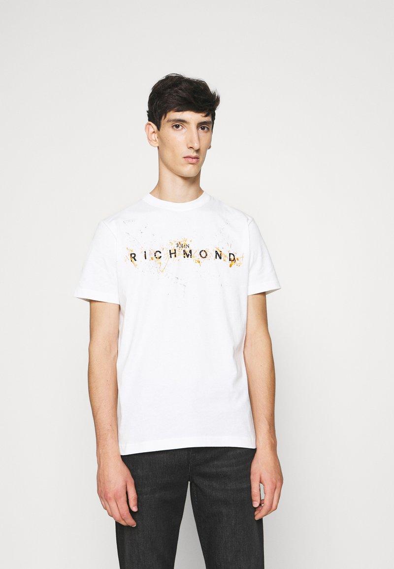 John Richmond - ILESANDI - Print T-shirt - off white