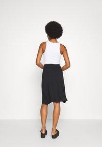 Even&Odd - BASIC - Midi skirt - A-snit nederdel/ A-formede nederdele - black - 2