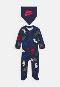 Nike Sportswear - FUTURA TOSS COVERALL SET - Foulard - midnight navy - 0