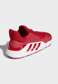 adidas Performance - PRO BOUNCE 2019 LOW SHOES - Basketball shoes - red - 4