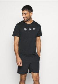 Nike Performance - RUN  - Print T-shirt - black/white - 0